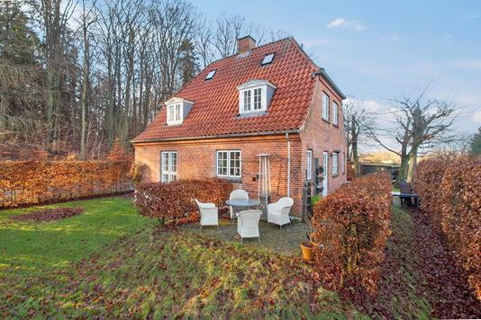 Villa på Tyringevej i Birkerød - Set fra haven