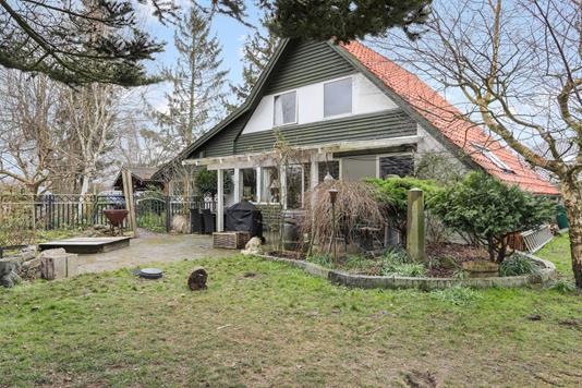 Villa på Eskemosegårds Alle i Birkerød - Have