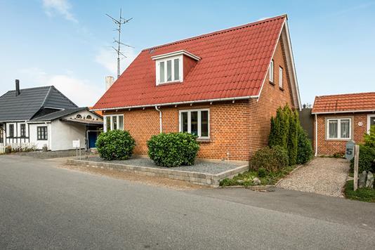 Villa på Neder Bjerrevej i Hornsyld - Ejendommen