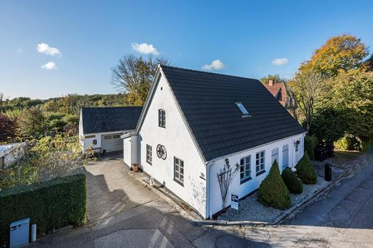 Villa på Viborgvej i Horsens - Ejendommen