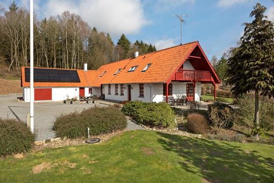 Landejendom på Naldalvej i Østbirk - Ejendommen