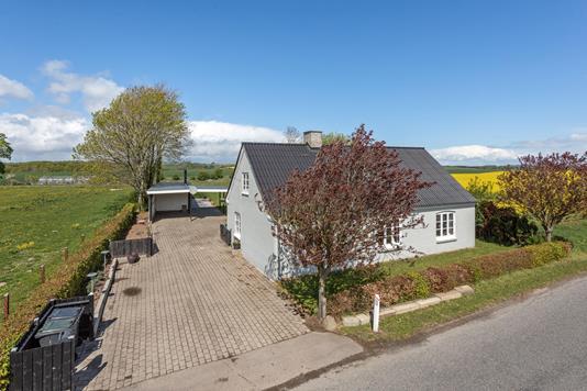 Villa på Vestervej i Gedved - Ejendommen