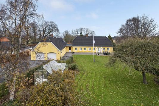 Villa på Vestergårdsvej i Juelsminde - Ejendommen