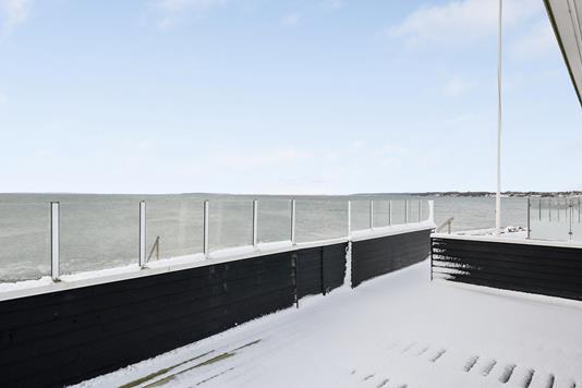 Fritidsbolig på Bjørnsknudevej i Juelsminde - Havudsigt