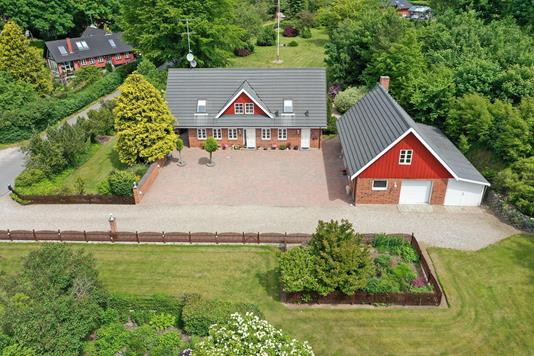 Landejendom på Gantrupvej i Østbirk - Luftfoto