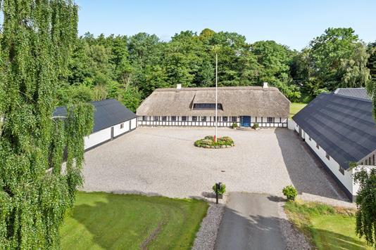 Landejendom på Flemmingvej i Flemming - Luftfoto