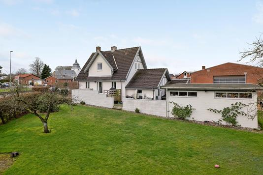 Villa på Frederiksbergalle i Horsens - Ejendommen