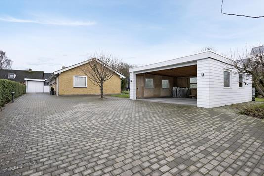 Villa på Banevænget i Horsens - Indkørsel