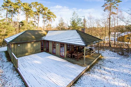 Fritidsbolig på Sjøstauan i Aakirkeby - Set fra haven