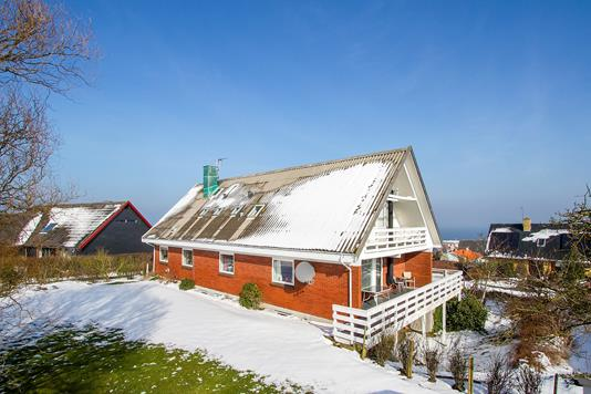 Villa på Pærebakken i Allinge - Set fra haven