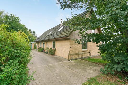 Villa på Guldbækparken i Svenstrup J - Ejendommen