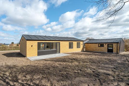 Villa på Pilekrogen i Svenstrup J - Ejendommen