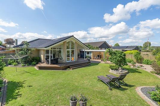 Villa på Fyrtøjet i Svenstrup J - Ejendommen