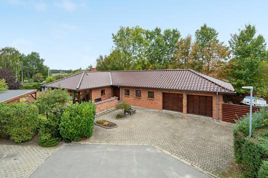 Villa på Vejrmøllen i Svenstrup J - Ejendommen