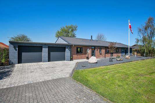 Villa på Solsikkehaven i Kolding - Set fra vejen