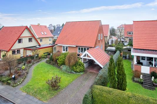 Villa på Dalgasvej i Viborg - Set fra vejen