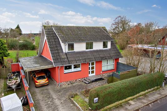 Villa på Blichersvej i Viborg - Set fra vejen