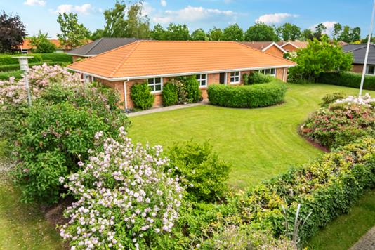 Villa på Egelundsparken i Tjele - Ejendommen