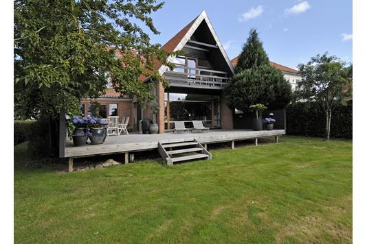 Villa på Ribe Landevej i Haderslev - Set fra haven