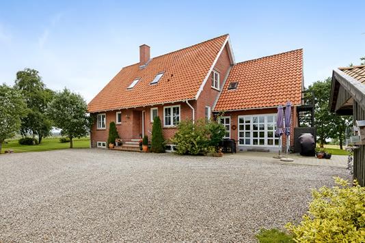 Villa på Fredstedvej i Haderslev - Ejendommen