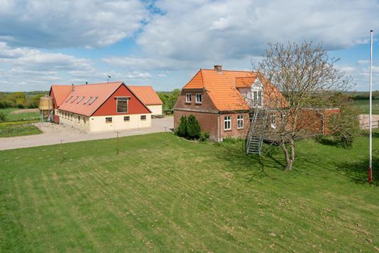 Landejendom på Ravnsbjergforte i Vojens - Ejendommen