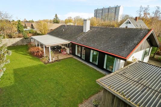 Villa på Sommerbuen i Ballerup - Ejendommen