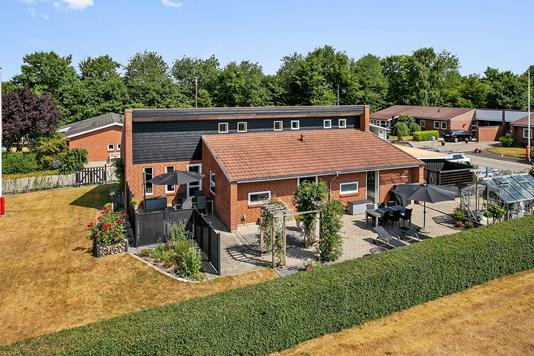 Villa på T.Tonnesens Vej i Bramming - Set fra haven
