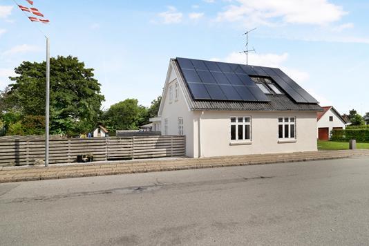 Villa på Hovedgaden i Snedsted - Ejendom 1