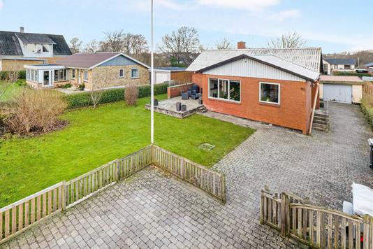 Villa på Tilstedvej i Thisted - Ejendommen