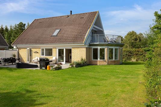 Villa på Langebjergvej i Humlebæk - Set fra haven