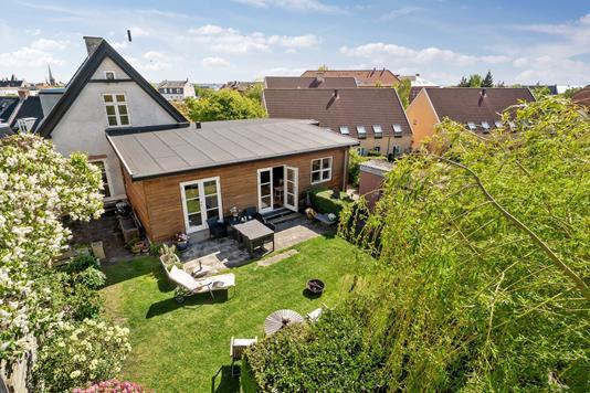 Villa på Rolighedsvej i Helsingør - Set fra haven