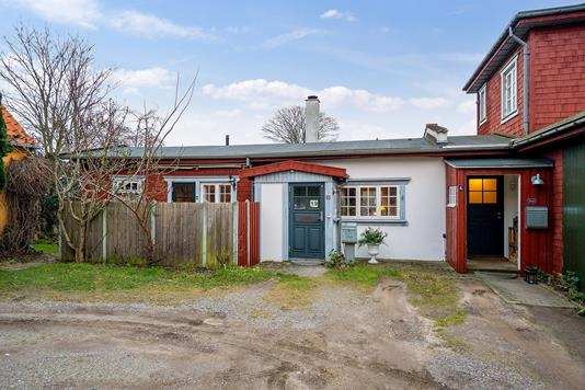 Villa på De Mezas Vej i Helsingør - Set fra vejen