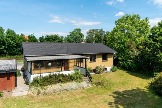 Villa på Hallandsvej i Ålsgårde - Set fra haven