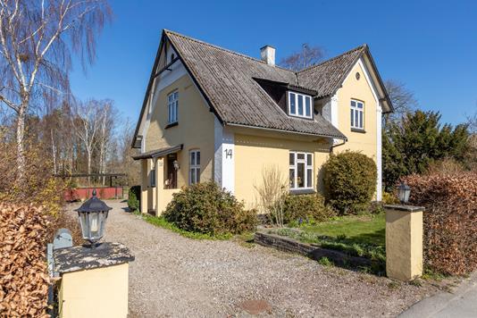 Villa på Smedevej i Kirke Hyllinge - Ejendommen