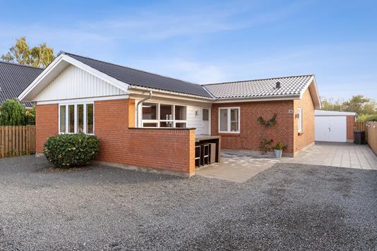 Villa på Toftevej i Bogense - Set fra vejen