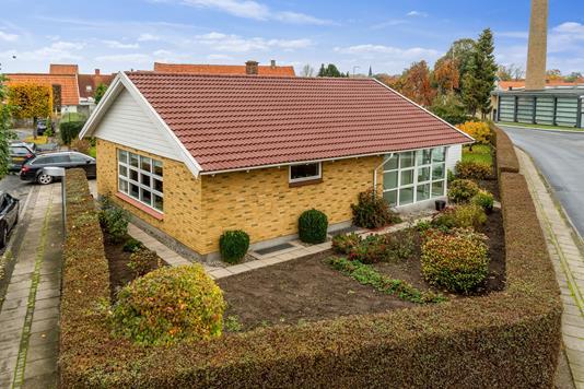 Villa på Kalkværksvej i Bogense - Set fra haven