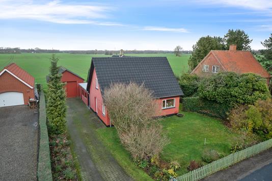 Villa på Ejlbyvej i Bogense - Set fra vejen