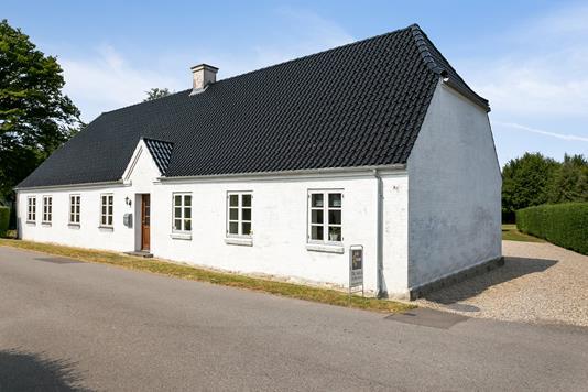 Villa på Vestermark i Toreby L - Set fra vejen