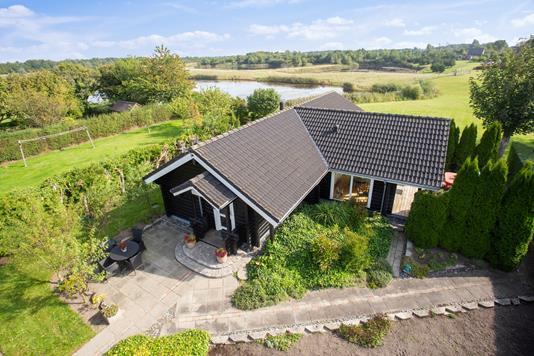 Villa på Musse Gade i Nysted - Set fra vejen