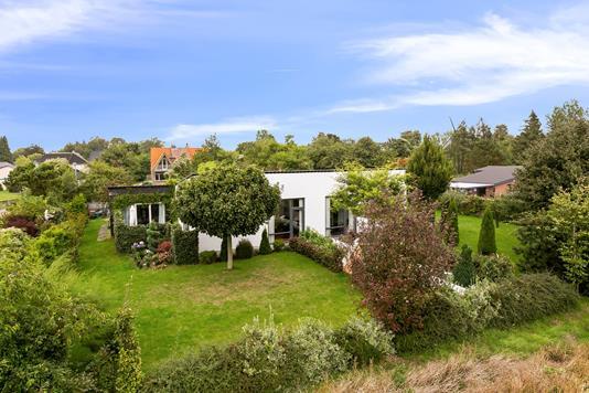 Villa på Kolkevej i Kettinge - Set fra haven