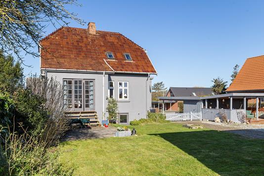 Villa på Møllevej i Sakskøbing - Set fra haven
