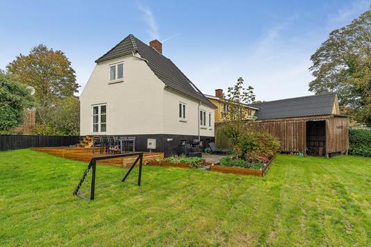 Villa på Vestergade i Fårup - Set fra haven