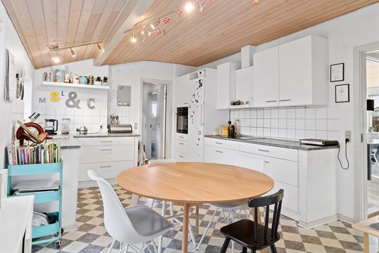 Villa på Blåbærvej i Randers NV - Køkken