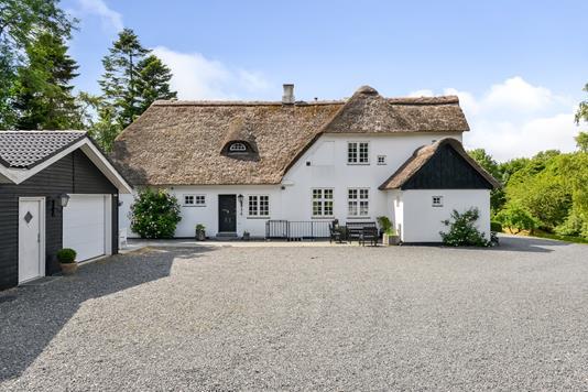 Villa på Rolighedsvej i Havndal - Ejendommen