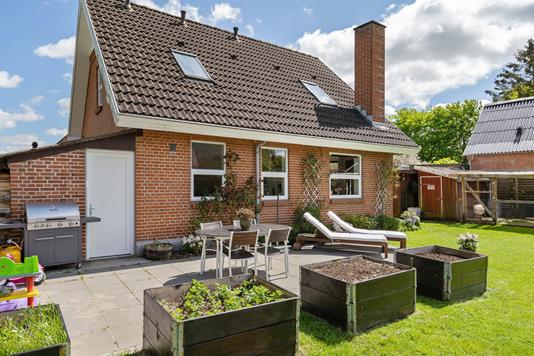 Villa på Tånum Bygade i Randers NV - Ejendommen