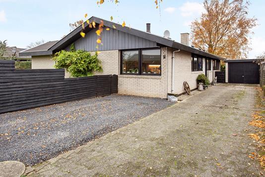 Villa på Kirsebærvænget i Frederikssund - Ejendommen