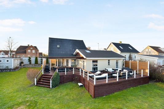 Villa på Kongensgade i Slangerup - Ejendommen