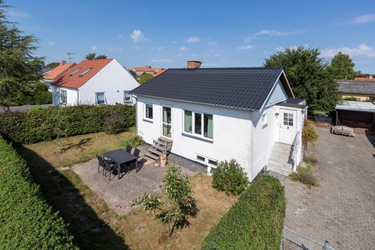 Villa på Gammel Vindingevej i Roskilde - Ejendommen