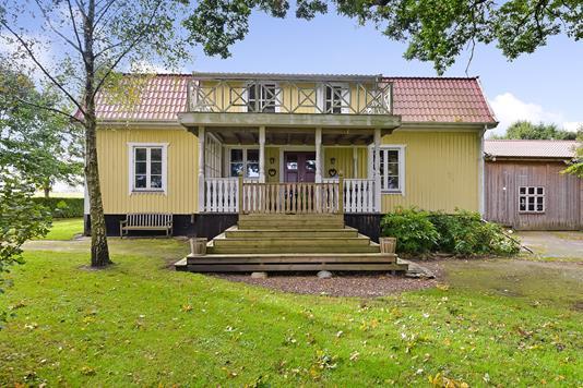 Villa på Tinghøjvej i Tjele - Ejendommen