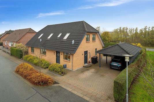 Villa på Lupinmarken i Viborg - Facade